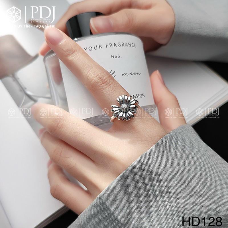 Nhẫn hoa cúc bạc Thái